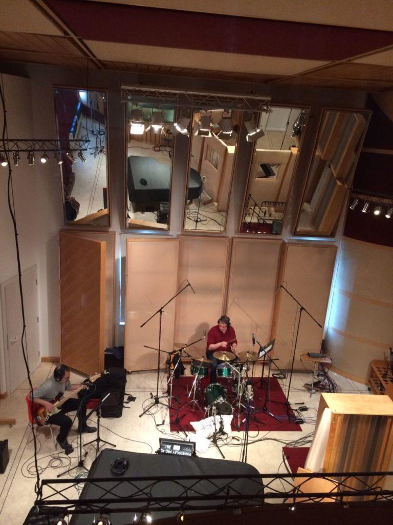 Andi Lux als Bassist im Studio